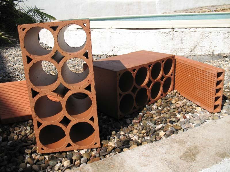 Le petit bassin hors-sol de Patrice_b. Briques